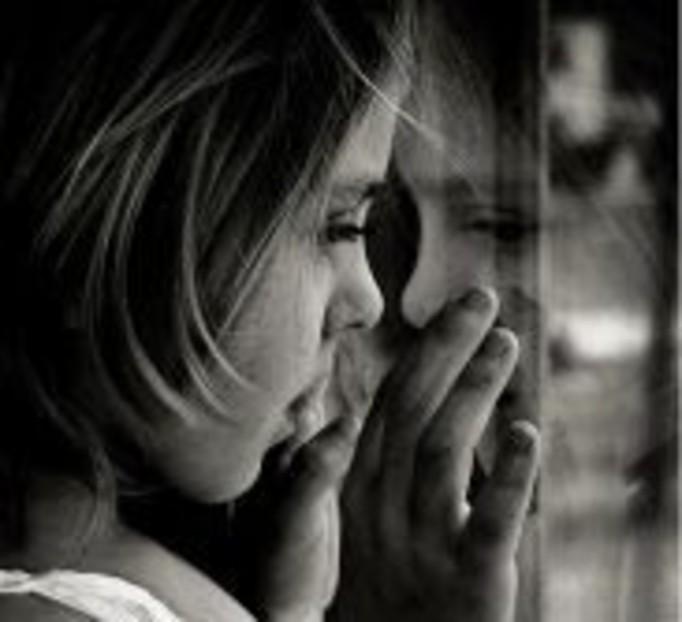 Coraz więcej rodziców porzuca dzieci