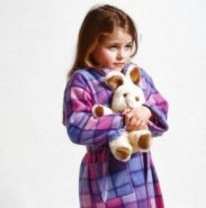 Adopcyjna matka molestowała dzieci