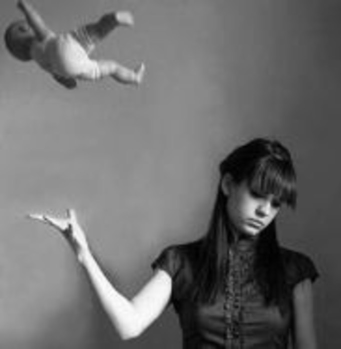 Dziewczyna po aborcji wyrzuciła płód do ścieków!