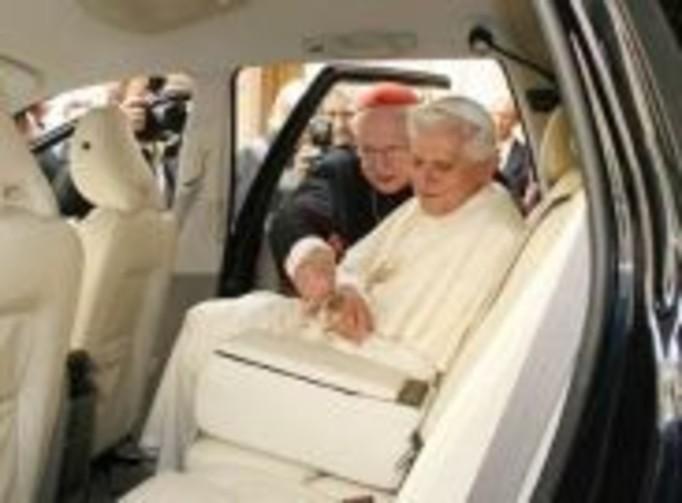 Watykan potępił ekskomunikę dziewięciolatki