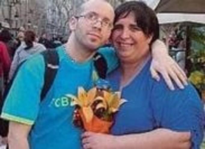 Transseksualista urodzi bliźniaki!
