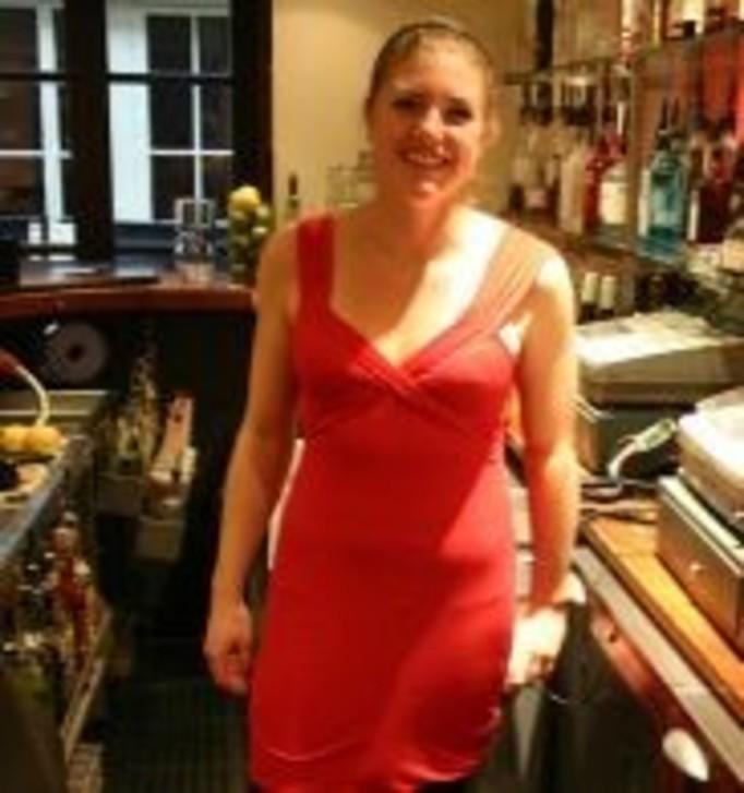 Dostała odszkodowanie za obcisłą sukienkę!