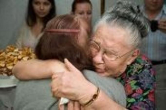 Rozdzielone w czasie wojny siostry spotkały się po 66 latach!