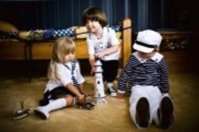 Szykowne ubranka dla dzieci w stylu retro