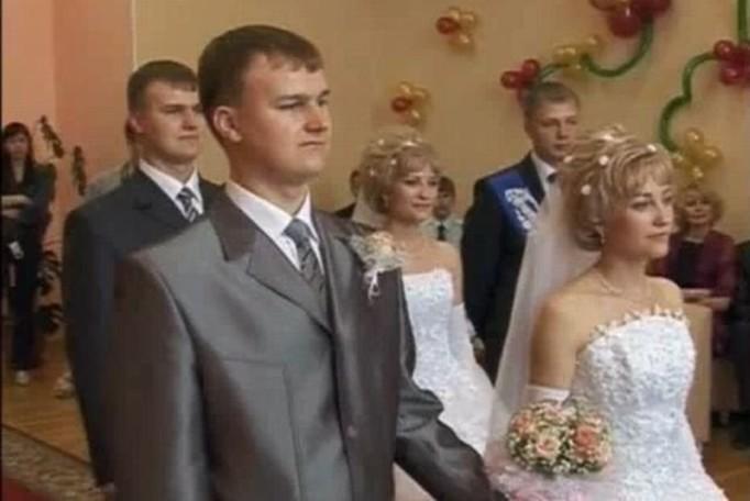Bliźniaczki wzięły ślub z bliźniakami!