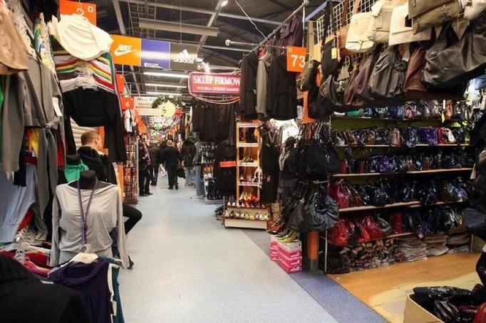 KDT – centrum mody czy barak z kiczem?