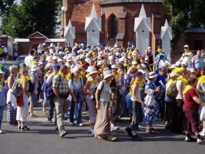 Polacy już nie chcą chodzić na pielgrzymki!