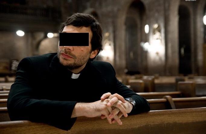 SKANDAL w Kościele! Ksiądz molestował kandydatkę do bierzmowania!