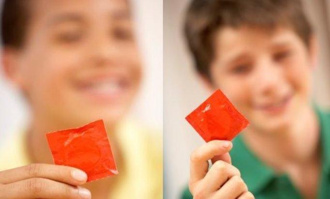 Specjalne prezerwatywy dla dzieci! SZOK!