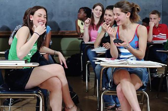 15-letnie uczennice nie będą mogły nosić minispódniczek!