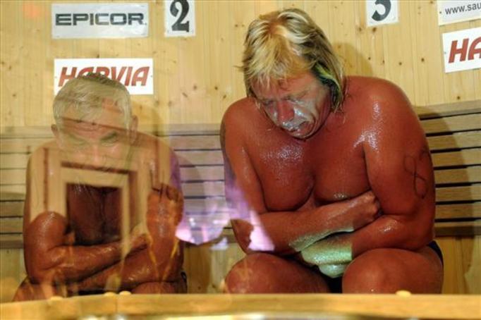 Zmarł w saunie bijąc rekord!