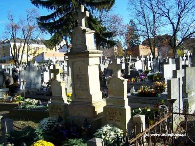 Polacy handlują grobami rodziców i dziadków!