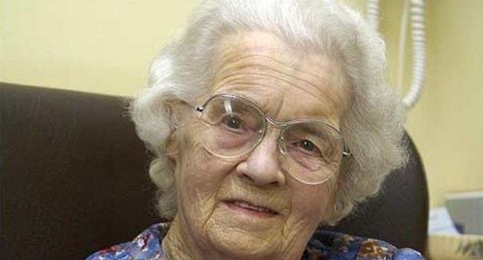 Ma 106 lat i jest dziewicą!