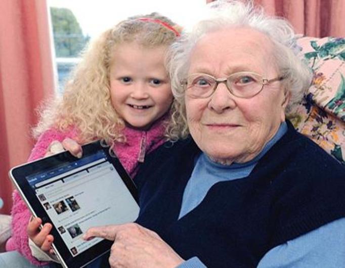 Najstarsza użytkowniczka Facebooka – ma prawie 104 lata!