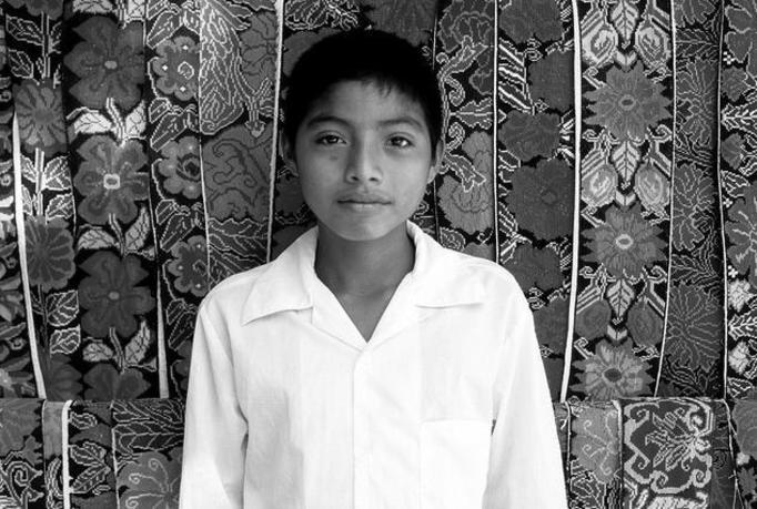 14-letni zabójca!  Wziął udział w 4 egzekucjach obcinania głów!