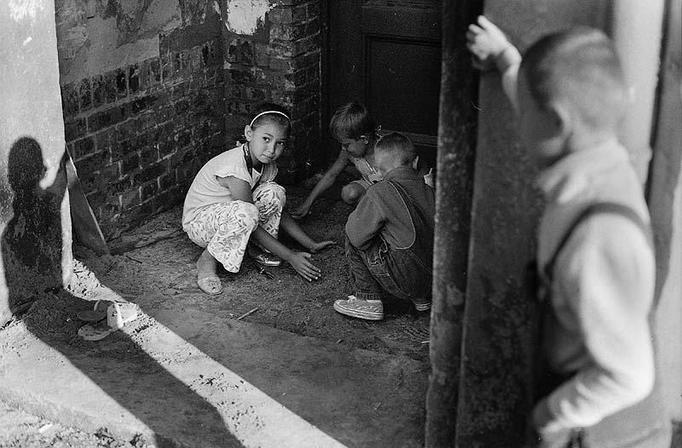 Polskie dzieci żyją w skrajnej biedzie - nie mają warunków do nauki, źle się odżywiają!
