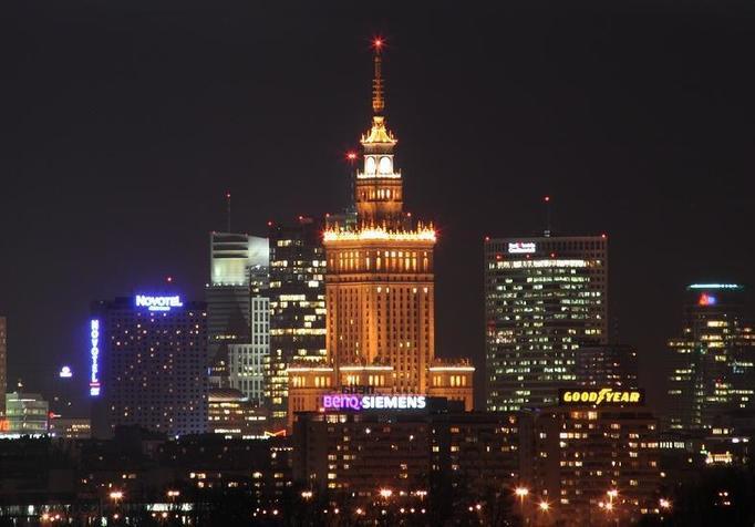 Warszawa oblężona: Ludzie masowo uciekają z polskich miast do stolicy!