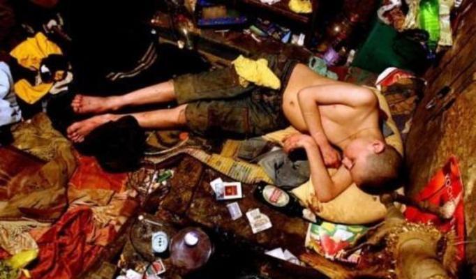 Życie bezdomnych dzieci z Odessy - DRASTYCZNE ZDJĘCIA!