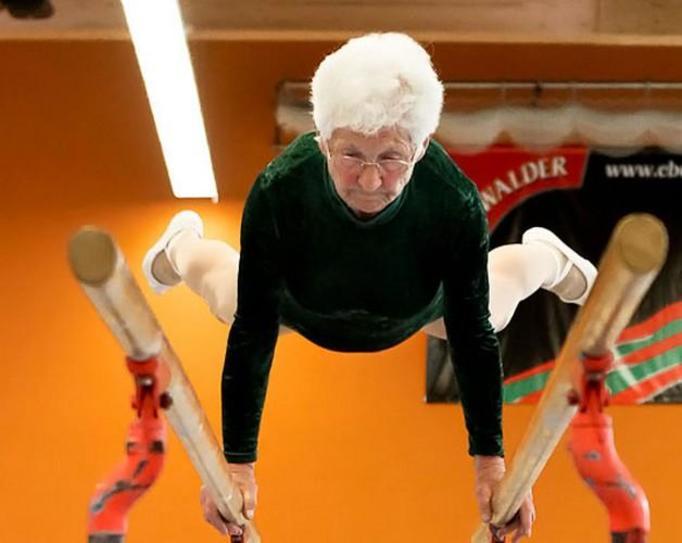 babcia gimnastyczka