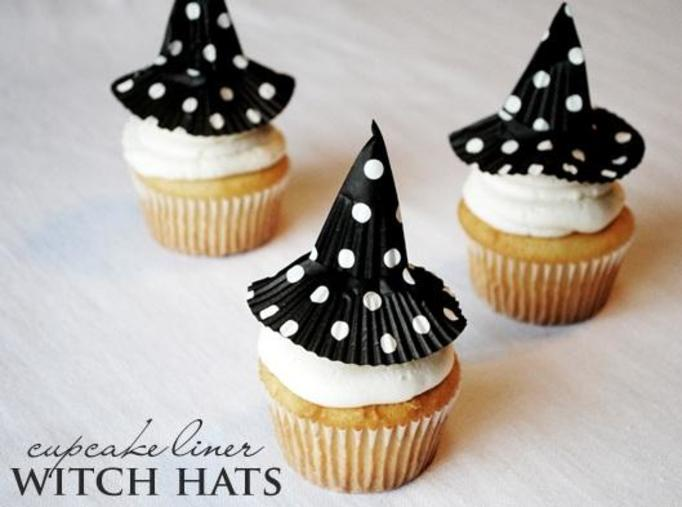 Cupcake with hat