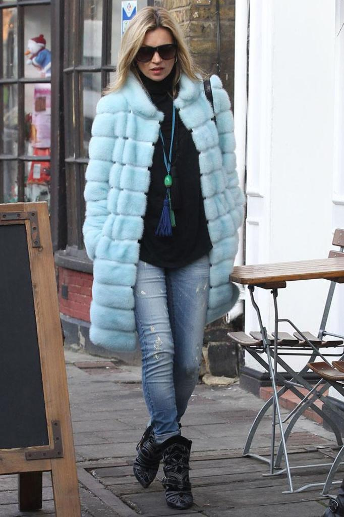 Kate Moss futro Fendi