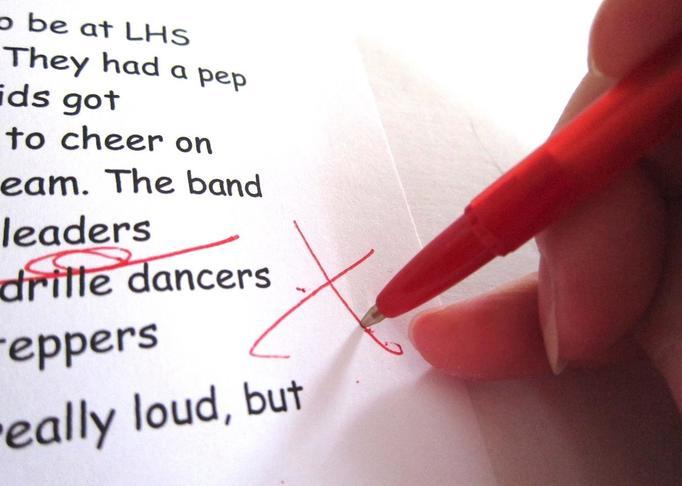 Czerwony długopis klasówka