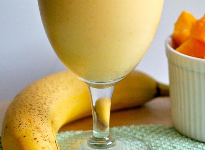 koktajl mango banan
