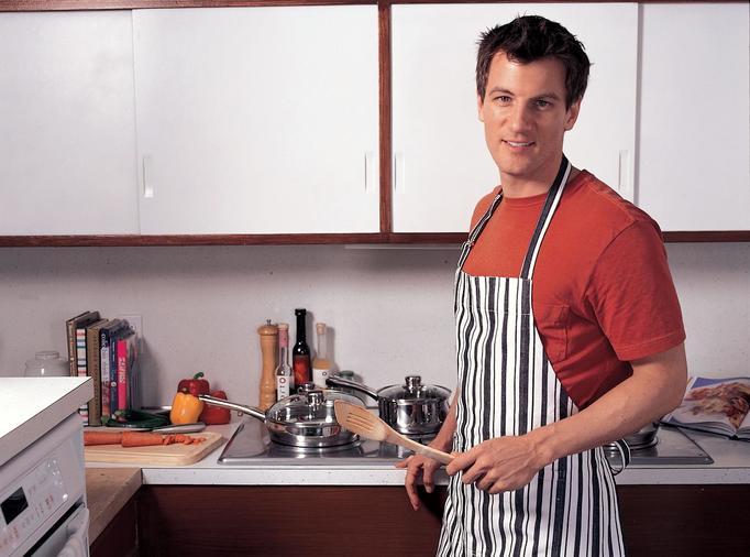 mój chłopak gotuje