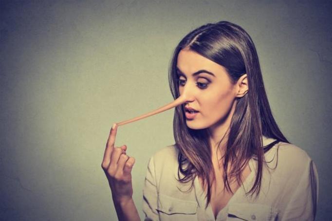 kłamstwa kobiet