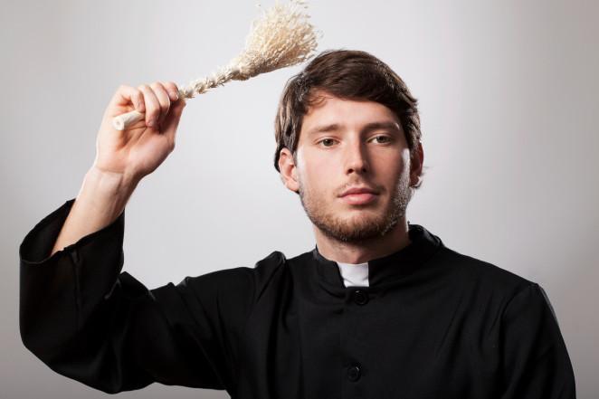 jak zachowywać się w kościele