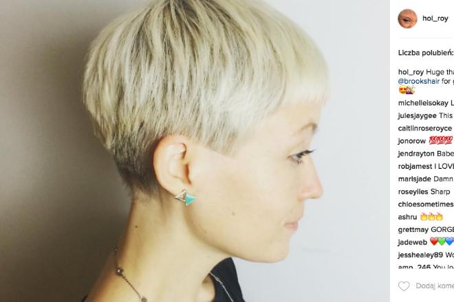 krótkie włosy u kobiety