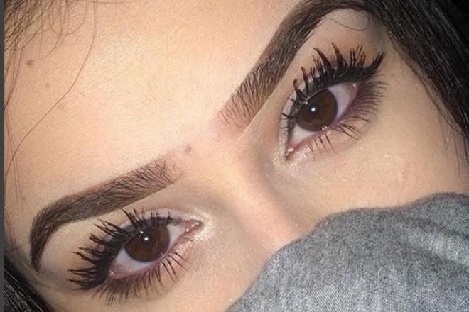 Fot. Instagram.com (https://www.instagram.com/eyebrows_tutorial/)