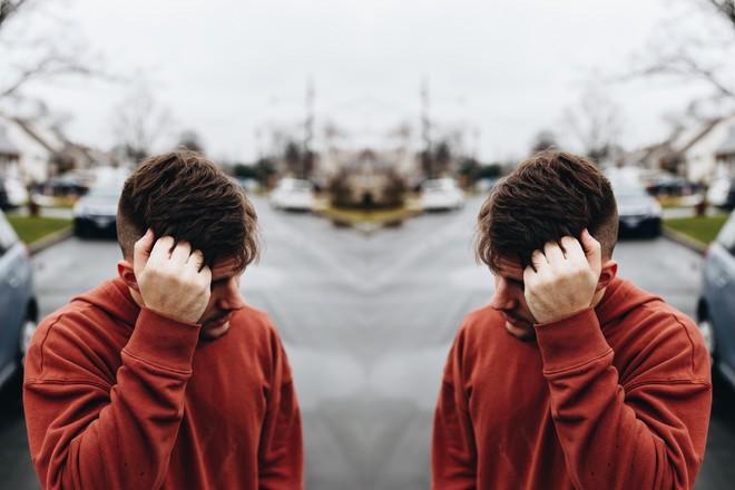 nieatrakcyjny facet