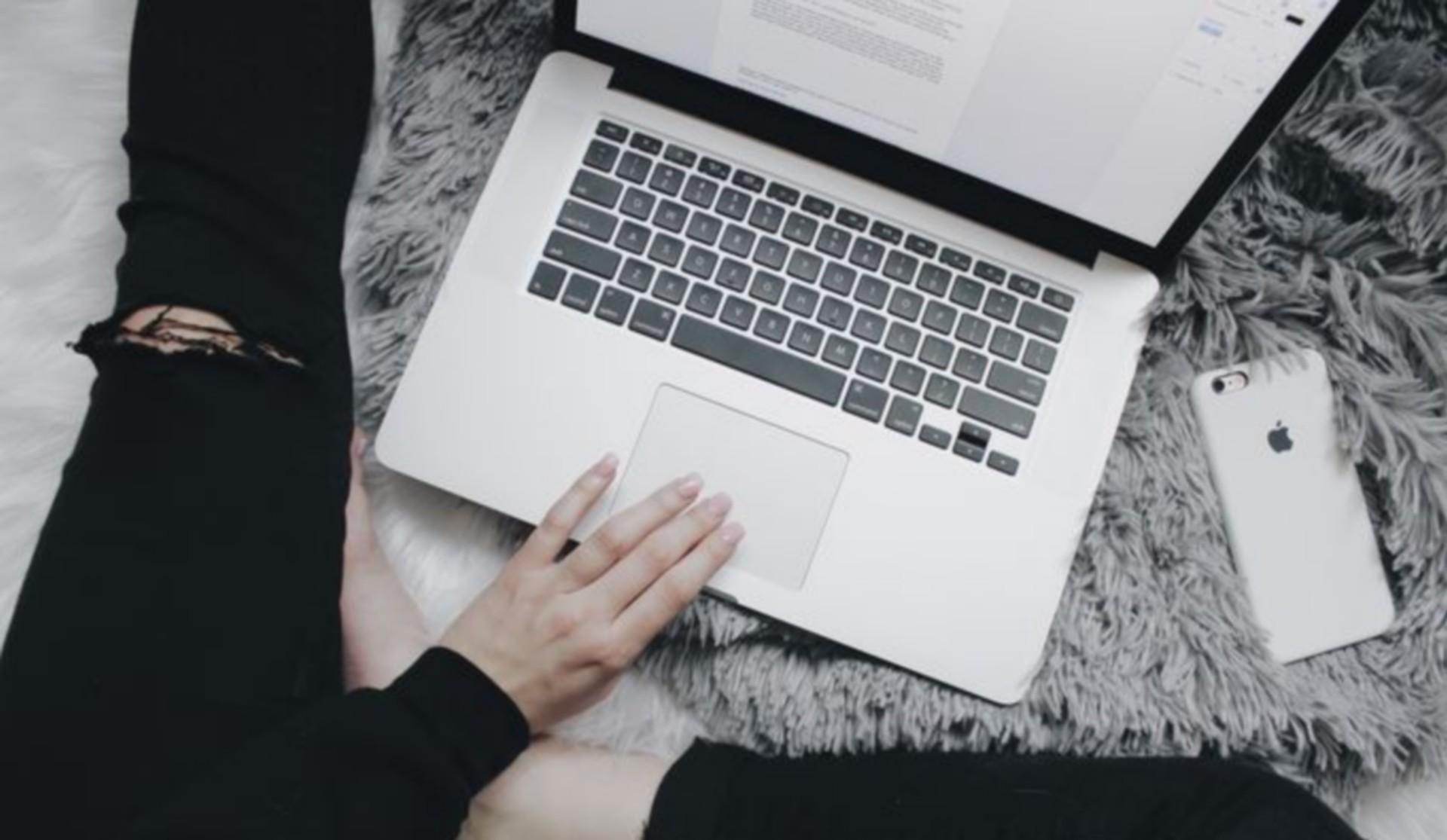 pisanie maili