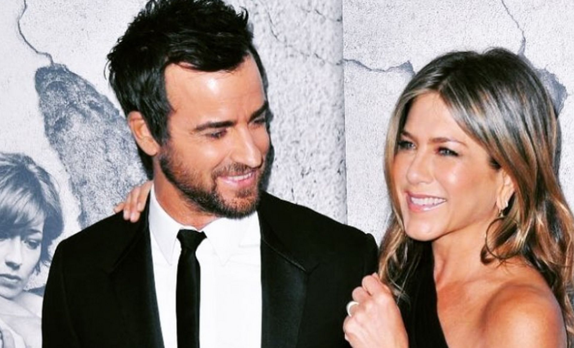 Aniston i Theroux