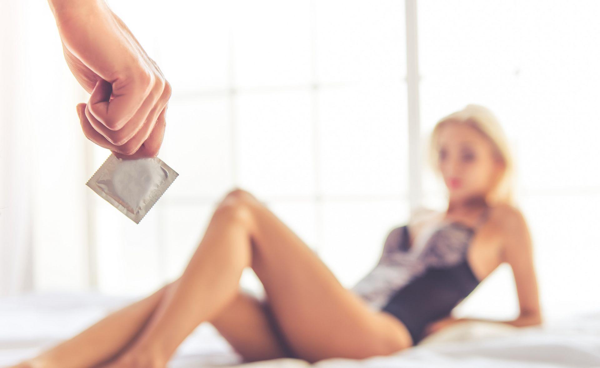 jak używać prezerwatywy